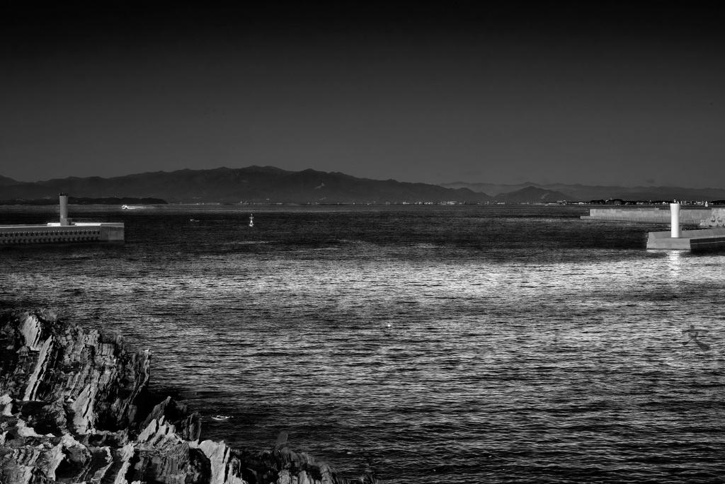 城ヶ島 向き合う赤白一組の灯台