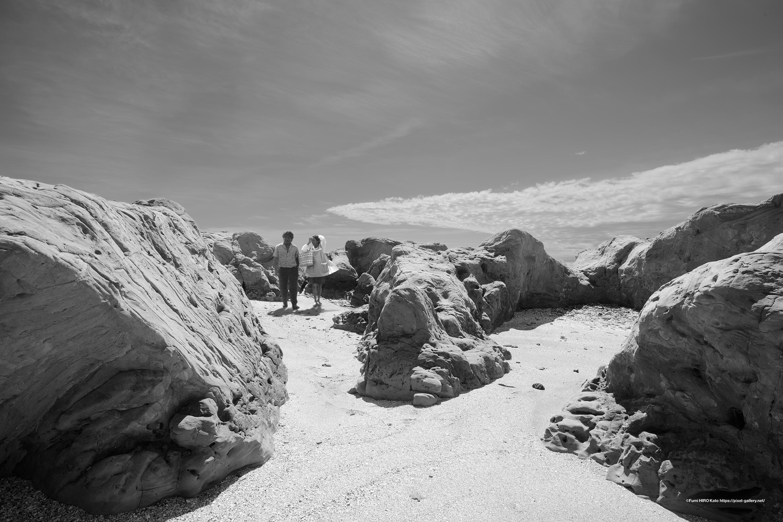 砂景 20-007 国境の近く砂漠の中 メキシコ人夫婦